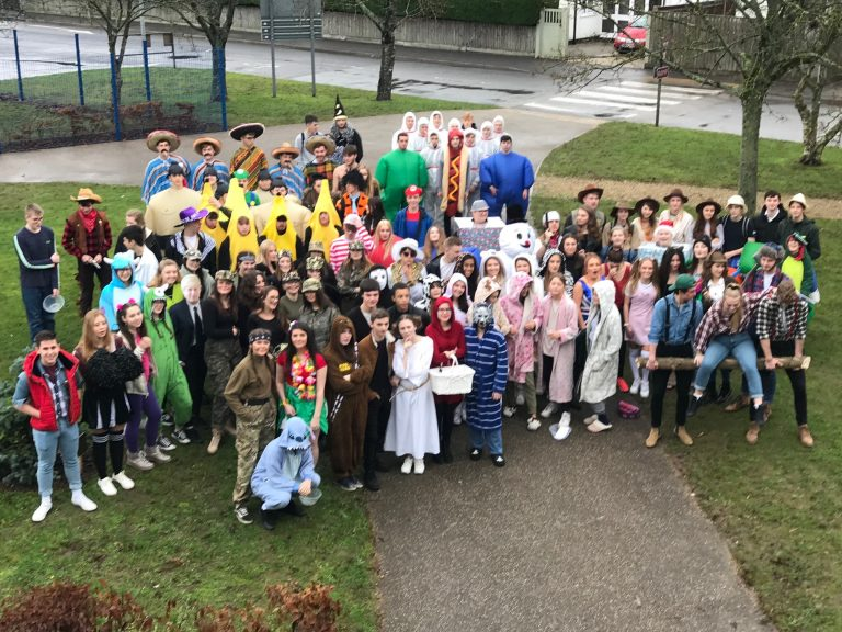 Picture of Sixth Formers head out on their charity dress up day-10