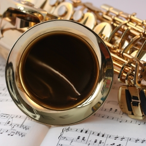 Picture of Saxaphone Thumb